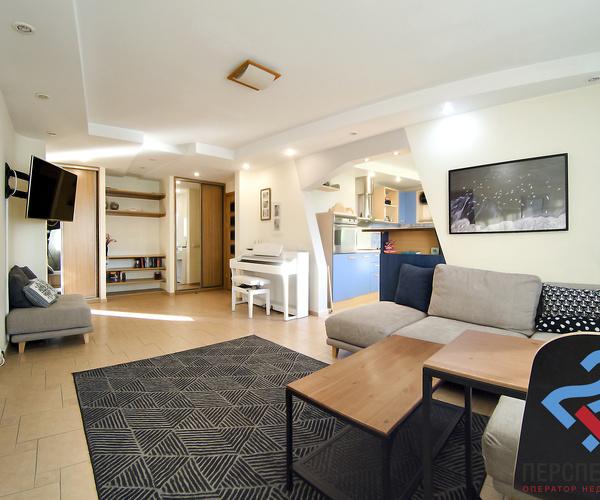 ул. Багратиона, 67. Продажа 3-ех комнатной квартиры (76 м2 по СНБ) с хорошим ремонтом и мебелью.