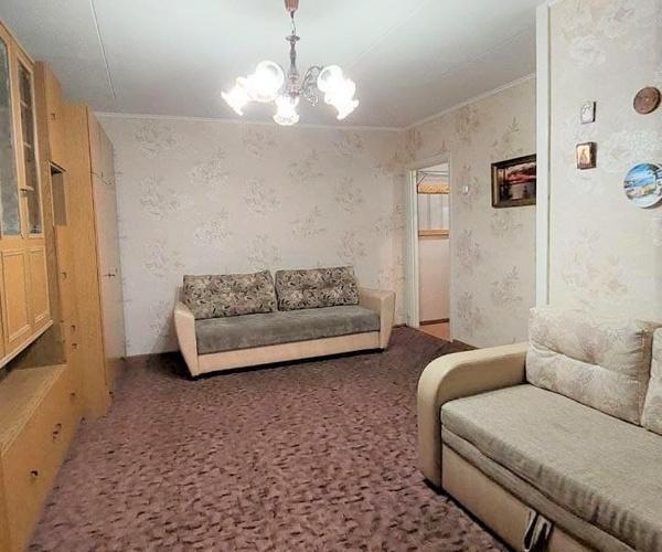 Продается светлая 1-комн. квартира возле Грушевки