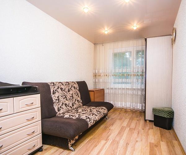 Продажа трехкомнатной квартиры по улице Сердича