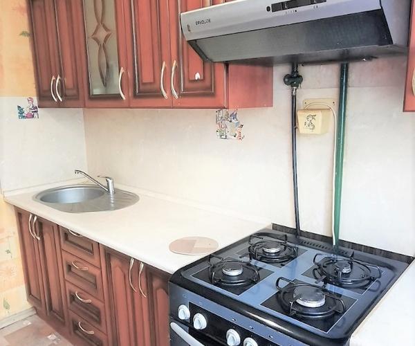 ул. Анграская, 62 Продаётся двухкомнатная уютная квартира в девятиэтажном доме в микрорайоне Ангарская!